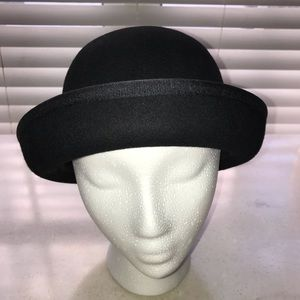 First Issue by Liz Claiborne Wool Hat 2 in 1